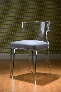 Acrylic furniture decor ghost chairs 25 ideas for 2019 Acrylic Dining Chairs, Lucite Chairs, Acrylic Chair, Acrylic Furniture, Desk Chairs, Bedroom Furniture Makeover, Furniture Decor, Modern Furniture, Furniture Design