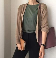 65 trendy moda casual mujer ideas summer outfits The post 65 trendy moda casual mujer ideas summer outfits appeared first on Casual Outfits. Casual Hijab Outfit, Casual Work Outfits, Mode Outfits, Fall Outfits, Summer Outfits, Semi Casual Outfit, Semi Formal Outfits, Casual Ootd, Dress Casual