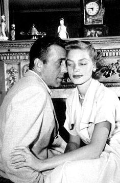 Humphrey Bogart and Lauren Bacall at home, circa 1947 Hollywood Couples, Old Hollywood Glamour, Golden Age Of Hollywood, Vintage Hollywood, Hollywood Stars, Classic Hollywood, Lauren Bacall, Bogie And Bacall, The Big Sleep