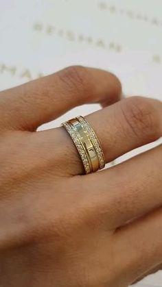Mens Ring Designs, Gold Ring Designs, Classic Wedding Rings, Cheap Wedding Rings, Gold Band Ring, Ring Verlobung, Engagement Rings Couple, Couple Rings Gold, Bijoux Louis Vuitton