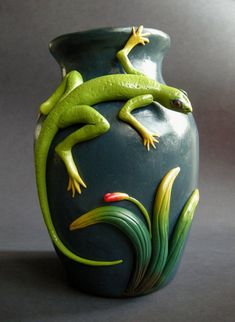 Lizard Vase - great idea for cheap floral vase