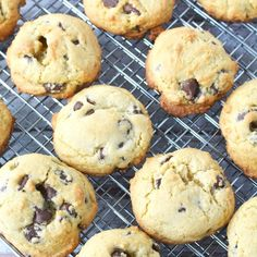 Levain Bakery Chocolate Chip Cookie Recipe (COPYCAT) Levain Bakery Cookie Recipe, Bakery Chocolate Chip Cookie Recipe, Levain Cookies, High Protein Vegetarian Recipes, Low Carb Dinner Recipes, Christmas Recipes Dinner Main Courses, Easy Keto Meal Plan, Cinnamon Roll Cookies, Egg Recipes For Breakfast