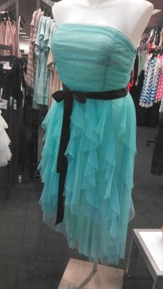 super cute 8th grade graduation dress:) danget this is freaking adorable,why can't it have sleeves???