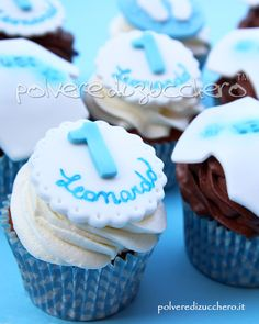 cupcakes compleanno di un bimbo Cupcakes birthday baby boy Baby Boy Birthday, Frozen Party, Birthday Cupcakes, Baby Boy Shower, Biscotti, First Birthdays, Cupcake Cakes, Candy, Luigi