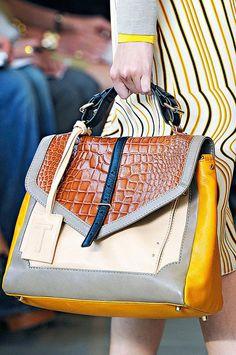 Best Handbags from Spring 2012 New York Fashion Week Photo 2 Look Fashion, Fashion Bags, My Bags, Purses And Bags, Leather Handbags, Leather Bag, Spring Bags, Best Handbags, Beautiful Bags