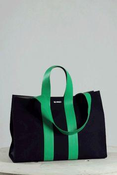 Diy Tote Bag, Tote Bags, Tote Backpack, Back Bag, Patchwork Quilting, Fabric Bags, Big Bags, Shopper Bag, Handmade Bags