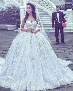Fluffy and Ball Gown Wedding Dress M-2291