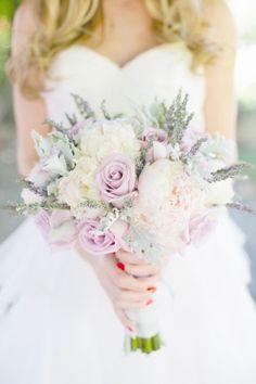 My bouquet - neutral colour flowers and lavenders!