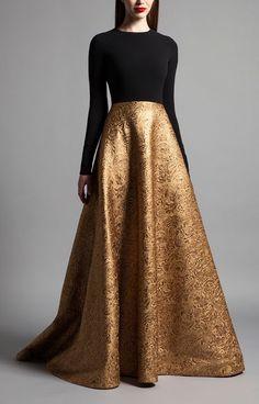 Stylish Fall Engagement Party Outfit Ideas The WoW Style Indian Dresses, Indian Outfits, Evening Dresses, Prom Dresses, Formal Dresses, Fall Dresses, Long Dresses, Elegant Dresses, Dress Long