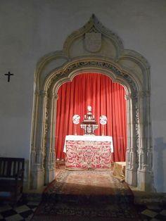 Iglesia de los Santos Justo y Pastor. Capilla de Juan Guas en Semana Santa
