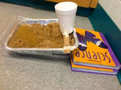 Erosion and Landforms Science Lab. This is an interactive activity the students will love and learn from and not too expensive for the teacher. With the use of sand, water, and time students will be able to see erosion taking place. Second Grade Science, Middle School Science, Elementary Science, Science Classroom, Teaching Science, Science Education, Waldorf Education, Teaching Ideas, Physical Education