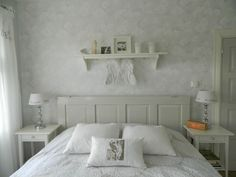 Kuvahaun tulos haulle sängynpääty ovi Bed, Furniture, Home Decor, Stream Bed, Interior Design, Home Interior Design, Beds, Arredamento, Home Decoration