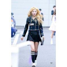 Seulgi // red velvet💖  #seulgi#rv#redvelvet#sm#casual#kpop#koreanoutfit#korean#korea#airportfashion#asian#ootd#kstyle#kfashion#kfashionist#chic#koreanootd#kootd#womenstyle #dailyootd