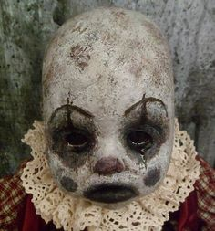 Horror Popular Quotes popular latin quotes for tattoos Zombie Dolls, Scary Dolls, Creepy Clown, Joker Clown, Creepy Stuff, Halloween Doll, Creepy Halloween, Halloween Projects, Arte Horror