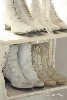 White canvas & leather boots, early love the ones on the bottom left. 1900s Fashion, Vintage Fashion, Vintage Boots, Vintage Outfits, Victorian Shoes, Victorian Lace, Over Boots, Zapatos Shoes, Old Shoes