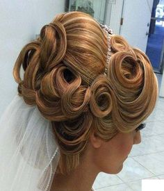 Up Prom Hairstyles