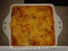 Food Lovers Recipes | PAPTERT MET KAASKRULLEPAPTERT MET KAASKRULLE A Food, Good Food, Food And Drink, Yummy Food, Braai Recipes, Cooking Recipes, Tart Recipes, Pap Recipe, Cheap Meals