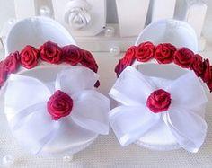 Sapatilha branca em cetim com rosas