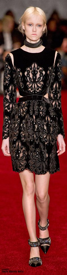 #London Fashion Week Erdem Fall/Winter 2014 RTW | Cynthia Reccord