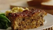 When I was growing up, my mom never ever made meatloaf and I always wanted to try it. I started experimenting with different recipes and I finally came up with the best meatloaf I have ever made! Best Meatloaf, Meatloaf Recipes, Beef Recipes, Cooking Recipes, Chicken Recipes, Recipies, Meat Loaf Recipe Easy, Different Recipes, Carne