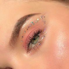 easter make up eye makeup * eye makeup for easter ; easter make up eye makeup ; easter make up eye makeup spring ; Cute Makeup Looks, Makeup Eye Looks, Eye Makeup Art, Pretty Makeup, Skin Makeup, Makeup Inspo, Eyeshadow Makeup, Makeup Inspiration, Makeup Hacks
