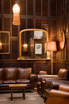 Rustic cafe interior design ideas: coffee shops around the world and their Cafe Interior Design, Interior And Exterior, Interior Decorating, Brown Interior, Bistro Interior, Coffee Shops, Coffee Cafe, Design Café, House Design