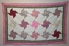Pinwheel Charity Quilt Tutorial http://www.victorianaquiltdesigns.com/VictorianaQuilters/CharityQuilt/PinwheelCharityQuilt.htm #quilting #charity