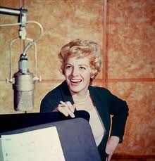 Rosemary Clooney During A Recording Session At Capitol Records Circa 1957 Rosemary Clooney, Music Icon, Her Music, Music Music, Classic Hollywood, Old Hollywood, Great American Songbook, Connie Stevens, Vera Ellen