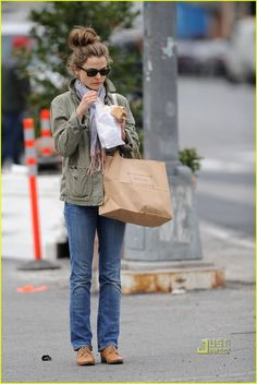 Keri Russell Snacks on Soup