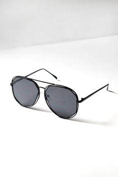 Black Geometric Aviator Sunglasses   #aviators #sunglasses #aviatorsunglasses