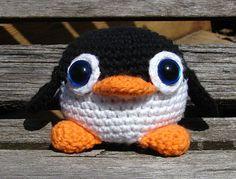Blue Eyed Penguin - Amigurumi