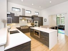 Great modern kitchen at Austin #vacationrental http://www.homeaway.com/vacation-rental/p281392 #homeaway
