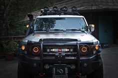 Nestah Edition: Headlights and LED Galore! Fj Cruiser Parts, Fj Cruiser Mods, Toyota Fj Cruiser, Toyota 4x4, Toyota Hilux, Fj Cruiser Accessories, Best Off Road Vehicles, Nissan Terrano, Mercedes G Wagon