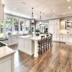 To improve the interior of your home, you may want to consider doing a kitchen remodeling project. This is the room in your home where the family tends to spend the most time together. If you have not upgraded your kitchen since you purchased the home,. Farmhouse Style Kitchen, Home Decor Kitchen, Kitchen Living, Home Kitchens, Small Kitchens, Kitchen Ideas, Kitchen Rustic, Kitchen Interior, Modern Farmhouse