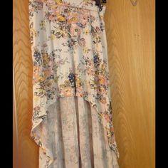 High-low billabong skirt. High-low billabong skirt.new without tags. Billabong Skirts