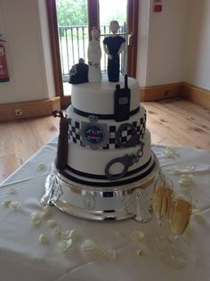 We love this recent cake from a wedding where the bride and groom were police officers!