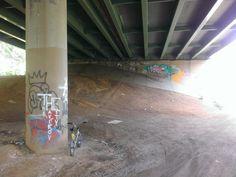 Under US1 somewhere by Hamilton Station.