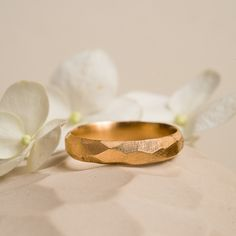 Or Rouge, Champagne, Gold Rings, Wedding Rings, Engagement Rings, Inspiration, Jewelry, Wedding Band Rings, Gray