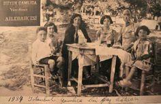 Büyük Çamlıca'da bir aile bahçesi (1934) #istanbul #istanlook #birzamanlar #oldpics #life #hayat #30s