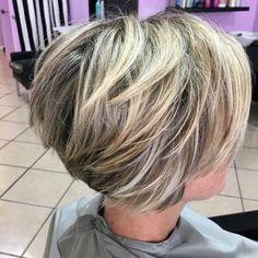 60 Best Short Haircuts for Haircuts Women - Neue Frisuren - Cheveux Short Choppy Haircuts, Layered Haircuts For Women, Bob Hairstyles For Thick, Haircut Short, Curly Haircuts, Layered Hairstyles, Hairstyles 2018, Shortish Hairstyles, Medium Stacked Haircuts
