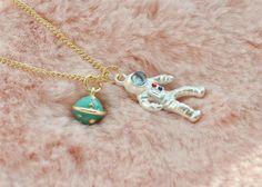 Linda plata astronauta astronauta NASA tierra globo espacio Sistema Solar universo planeta Sci Fi collar colgante joyas joyería