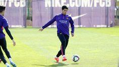 Luis Suárez, durante el entrenamiento de este martes / MIGUEL RUIZ-FCB
