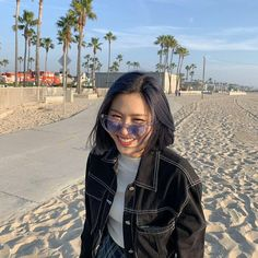 Image uploaded by Nobody Like Ryu. Find images and videos about kpop, girls and aesthetic on We Heart It - the app to get lost in what you love. Kpop Girl Groups, Korean Girl Groups, Kpop Girls, Homo, Foto Instagram, Kpop Aesthetic, Aesthetic Black, Aesthetic Girl, Me As A Girlfriend