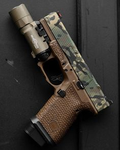 Tactical Pistol, 9mm Pistol, Tactical Gear, Revolvers, Glock Guns, Weapons Guns, Guns And Ammo, Ar Rifle, Pocket Pistol