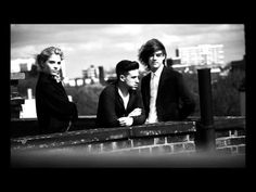 London Grammar - In For The Kill (La Roux Cover) - YouTube