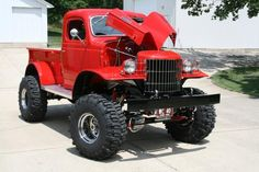 Ya Baby!    http://whatareyouworkinon.com/content/my-1941-4x4-dodge-military-truck-project