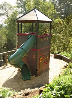 Barbara Butler-Extraordinary Play Structures for Kids-The Fortress: The Fortress