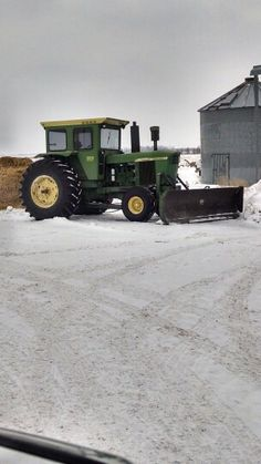 5020 JD This is the way to move snow.....John Deere 5020