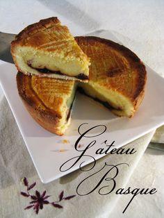 Je ne pouvais pas rentrer d'un séjour dans le Pays Basque sans une foisde retourà la maison essayer moi-même de reproduire leur célèbre e...