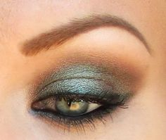 Green/Brown shift with Insomnia! by starryskies214 using Makeup Geek Insomnia Pigment